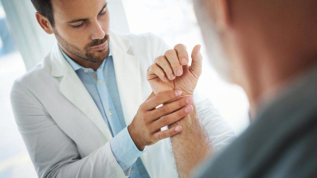 درجه بندی آسیب رباط و رگ به رگ شدگی مچ دست
