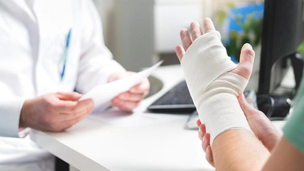 درمان رگ به رگ شدگی مچ دست