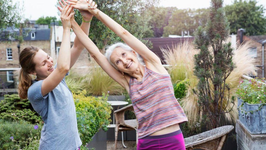 انواع ورزش های فیزیوتراپی برای افراد مبتلا به سرطان