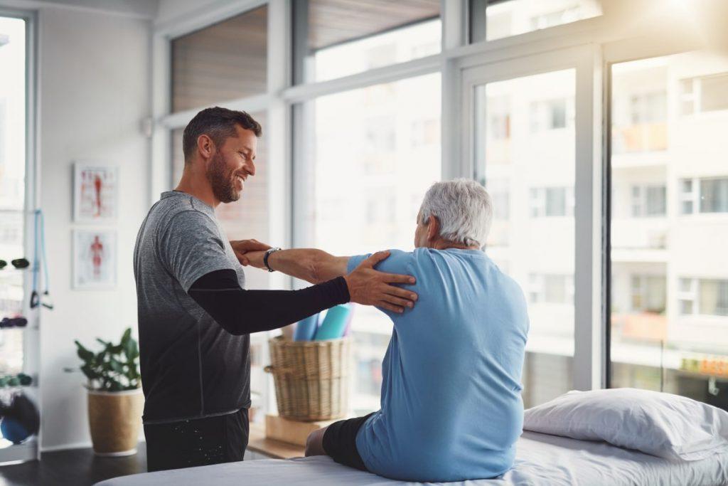 فیزیوتراپی برای شروع مجدد فعالیت جسمانی در سالمندان