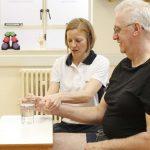 فیزیوتراپی برای درمان سکته مغزی
