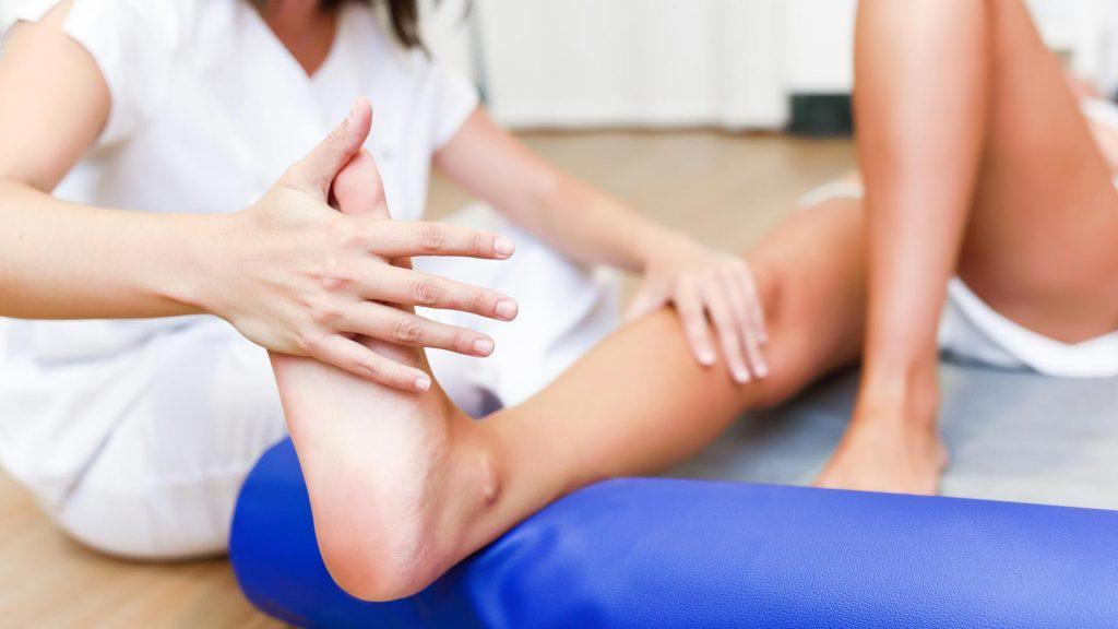 درمان دستی و انواع فیزیوتراپی