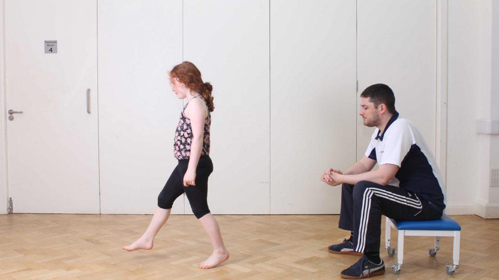 تشخیص، اختلال در الگوی راه رفتن کودکان