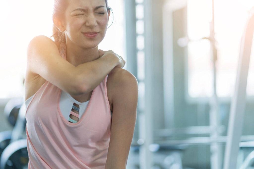 علائم رگ به رگ شدگی و کشیدگی عضلات