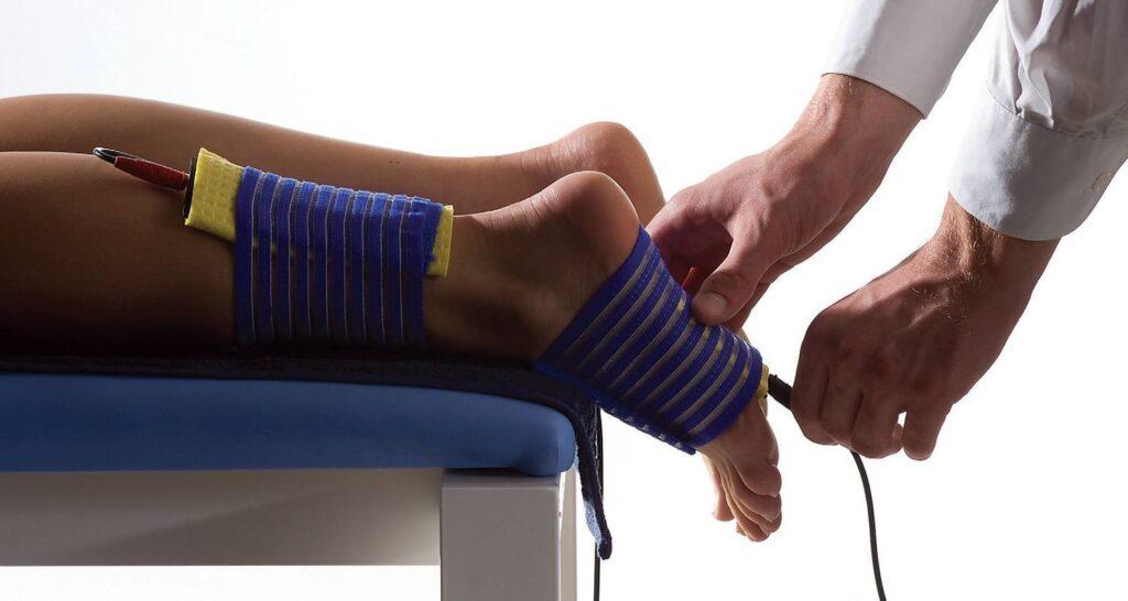 درمان با فیزیوتراپی و الکتروتراپی