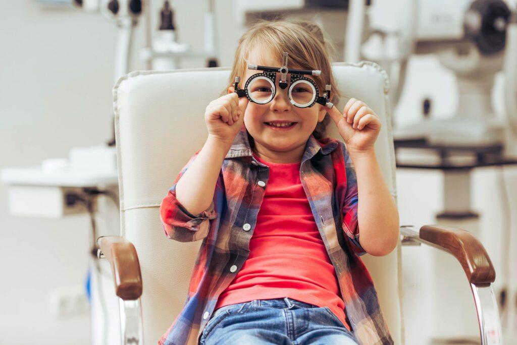 ورزش چشم برای بهبود بینایی